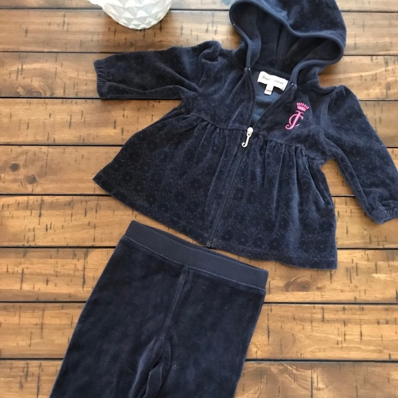 fa5a95ca94 Juicy Couture Velour Baby Girls Tracksuit 3-6 Mos